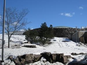 岩が雪に覆われてしまうと、さらに見つけにくくなる。そのミステリアスなところが魅力の一つでもある(画像提供:City of Helsinki Media Bank)