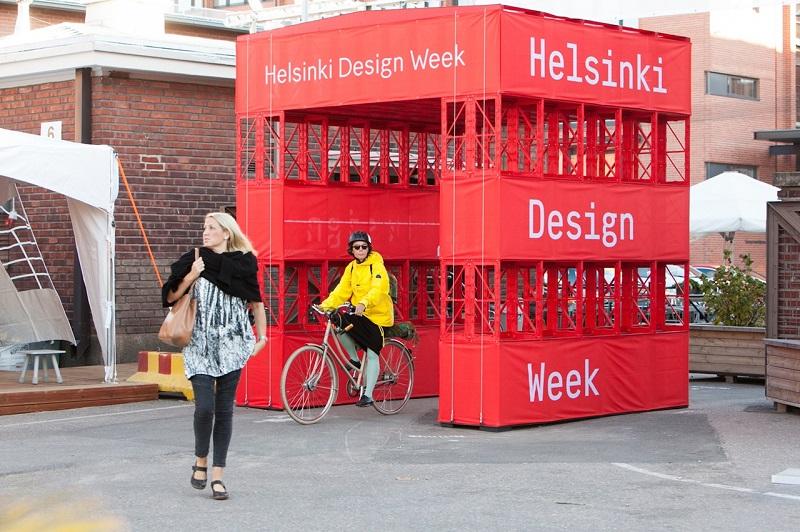 ヘルシンキの街をデザインで埋め尽くす「ヘルシンキ・デザインウィーク」(@Aino Huovio HDW)